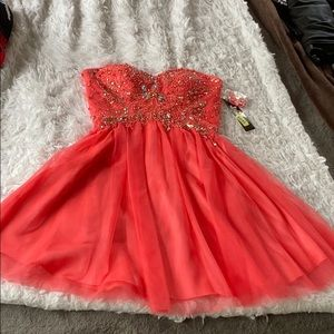 NWT JUMP APPAREL size 3/4 coral dress with jewels